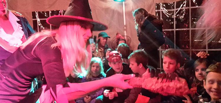 Exotus Serpenti zorgt voor een griezelige Halloween bij speelboerderij het buitenbeest